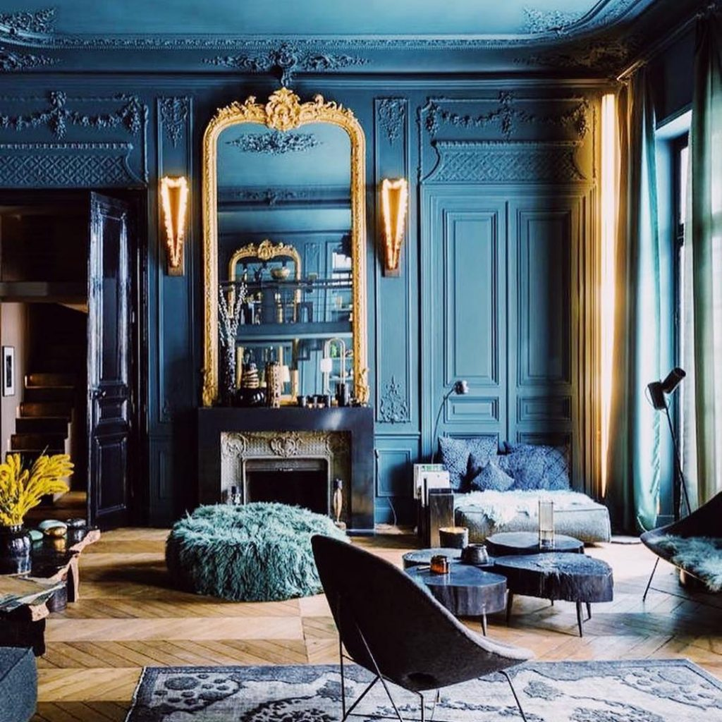 Teal Room Colour Idea in Living Room by Laurence Simoncini