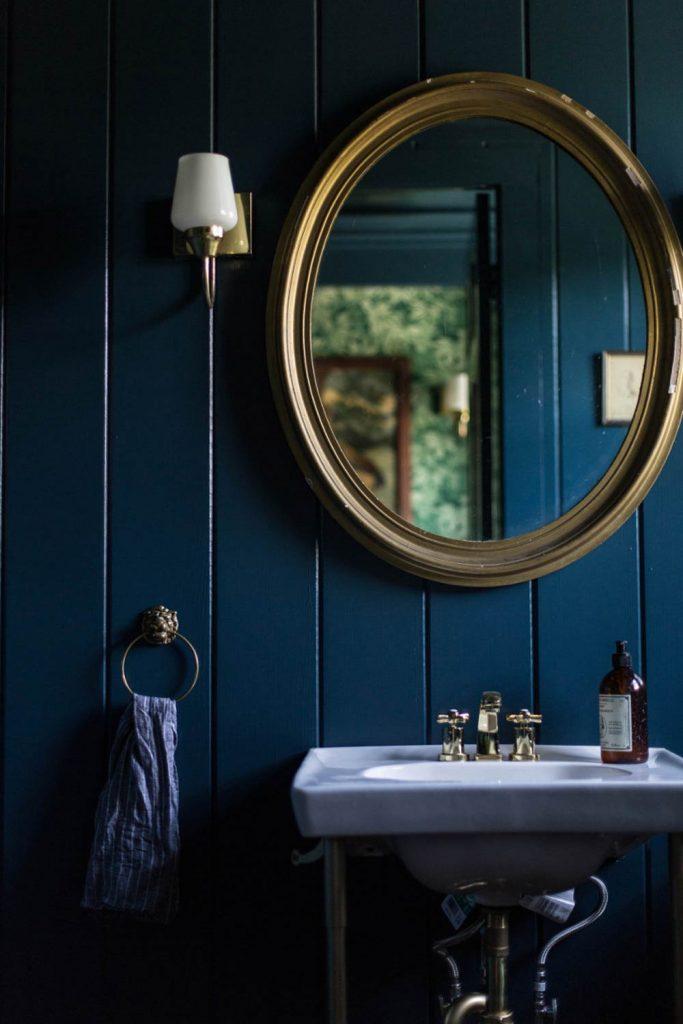 Teal + Brass Colour Scheme in Powder Room