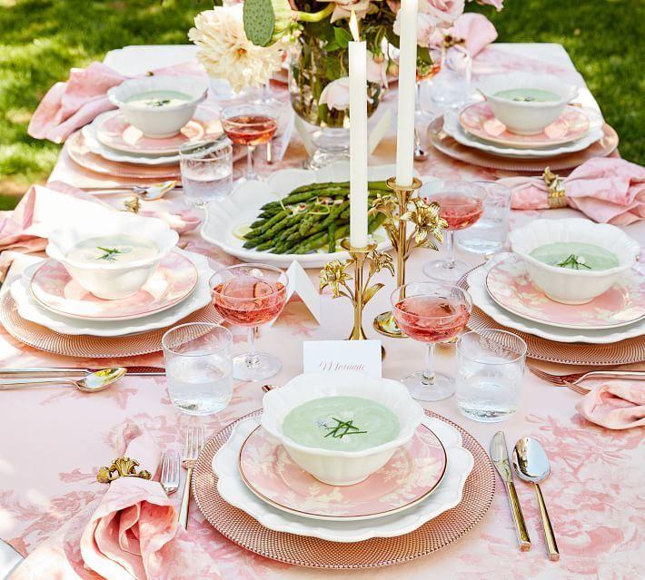 Stunning Easter Tabklescape: Pink