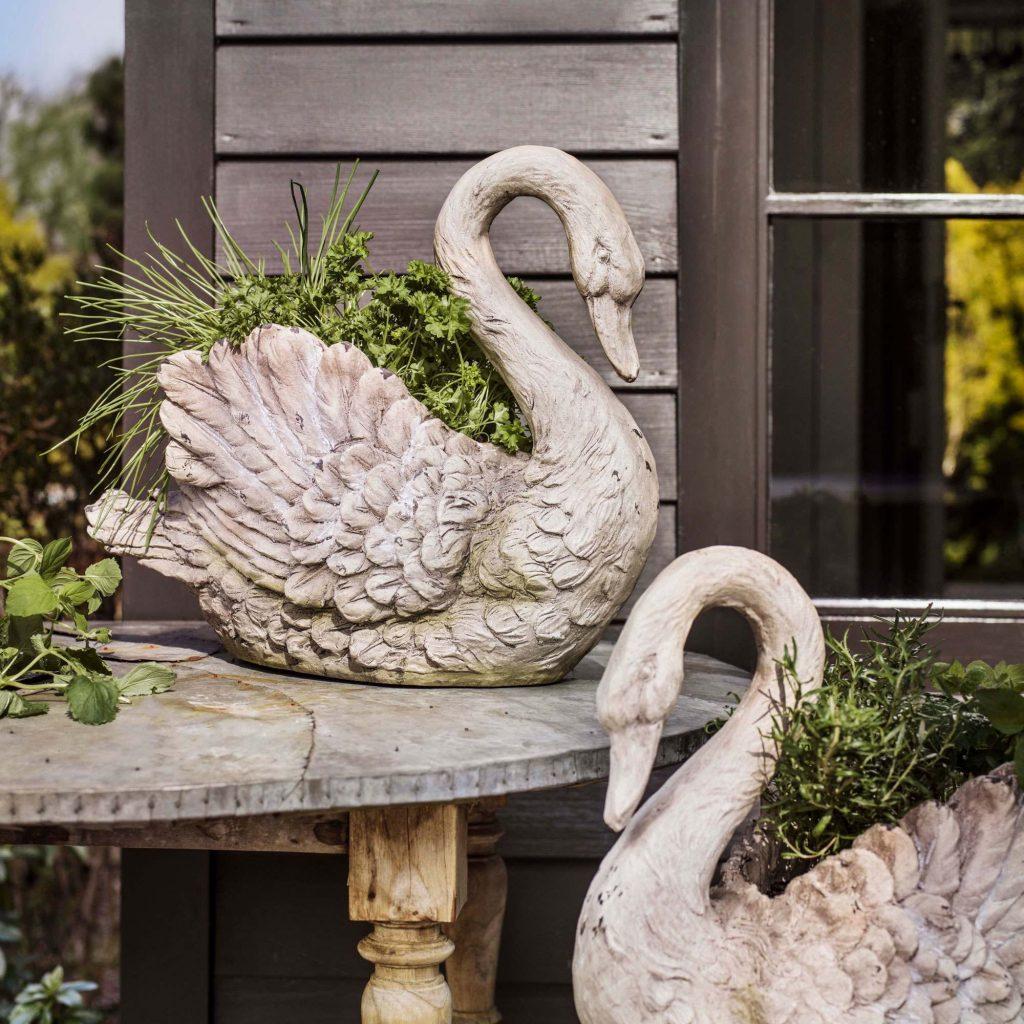Patio Garden Swan Planters
