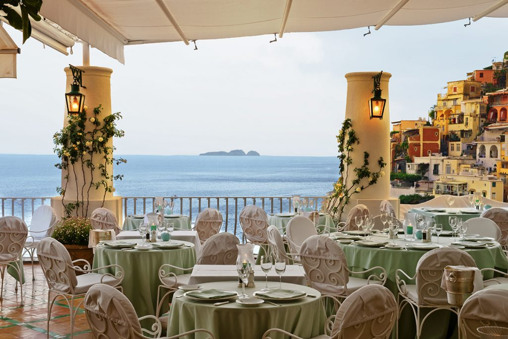 La Sponda Restaurant with an Amalfi view