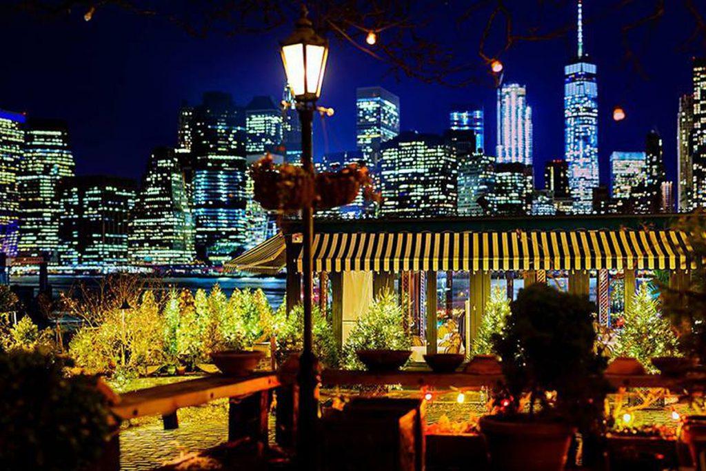 Restaurants with Breathtaking Views: The River Café, Brooklyn