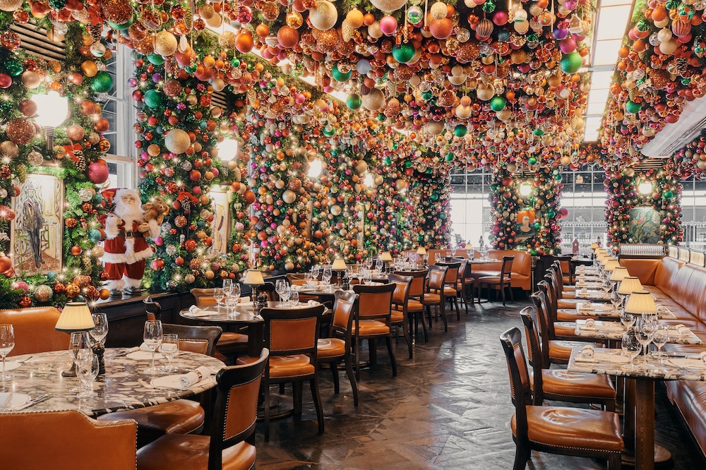 35 Mayfair Christmas Decorations