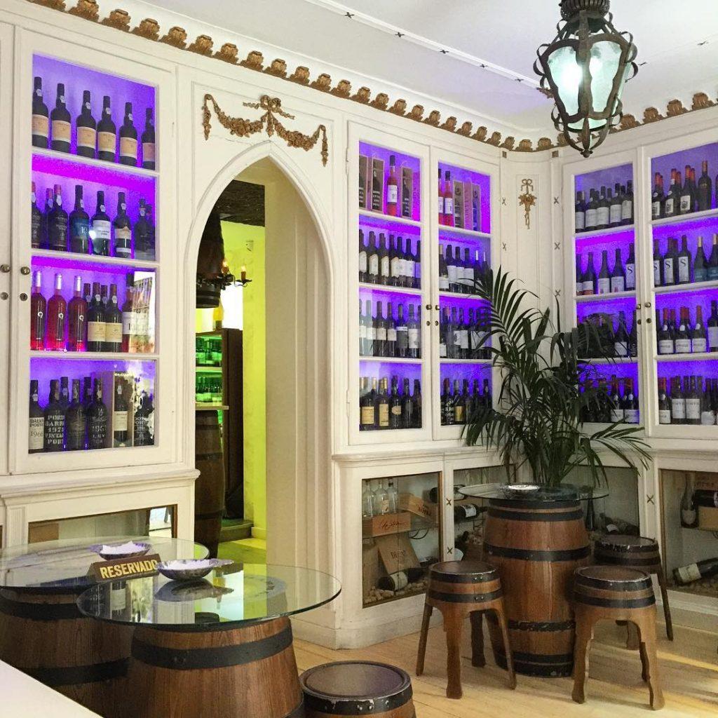 The Old Pharmacy, Lisbon Best Bars: Wine