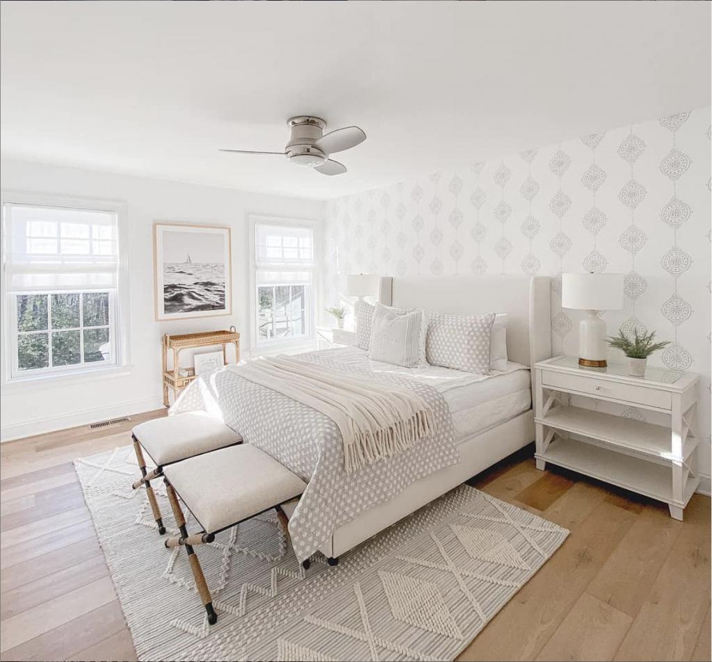 Monochromatic Bedrooms: White